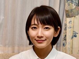 吉岡里帆 髪型 健康で文化的な最低限度の生活 ショートボブ